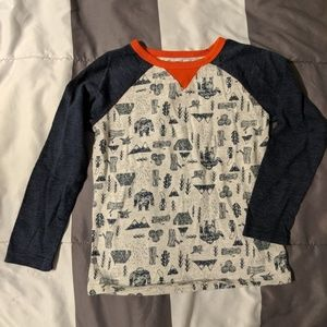 Old Navy mid-sleeve camping pattern shirt. 5T